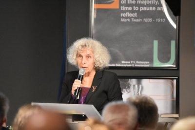 Rachel Reedijk gaf het joodse perspectief aan de discussie over de onopgeefbare verbondenheid.